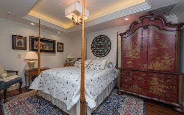 100-Glenview-Place-910-Naples-print-013-guest-bed-4200x2804-300dpi