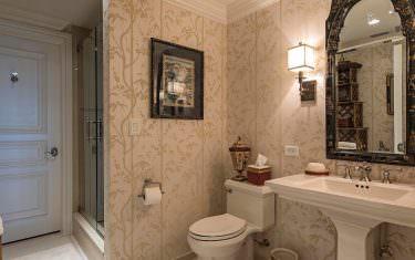 100-Glenview-Place-910-Naples-print-014-guest-bath-2804x4200-300dpi