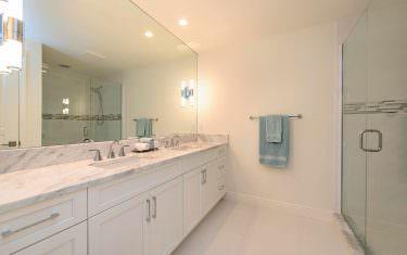 830-Rue-De-Ville-Naples-FL-print-011-Master-Bath-4200x2804-300dpi