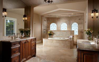 Groetsch-master-bath-a
