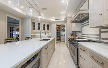 Kitchen-with-pantry-view