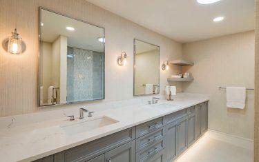 Lykos residential remodel - Bathroom with 2 sinks