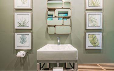 Lykos residential remodel - Pool bathroom